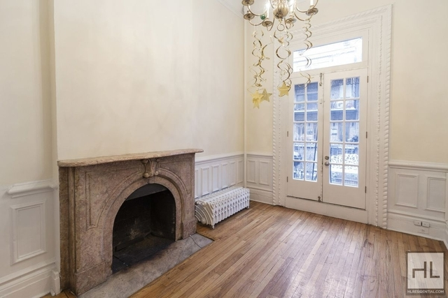 3 Bedrooms, Chelsea Rental in NYC for $8,900 - Photo 1