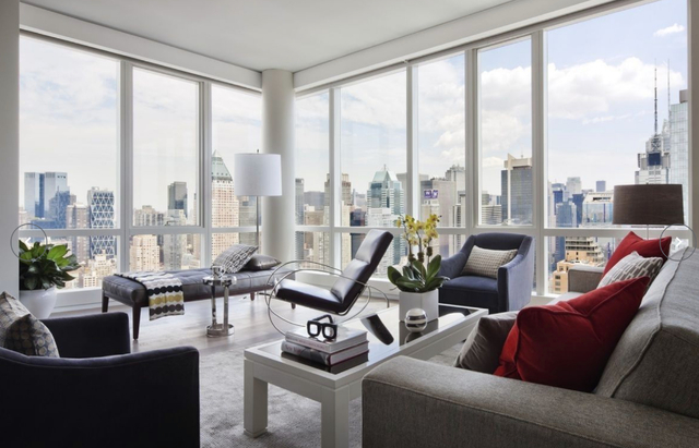 2 Bedrooms, Hell's Kitchen Rental in NYC for $6,935 - Photo 1