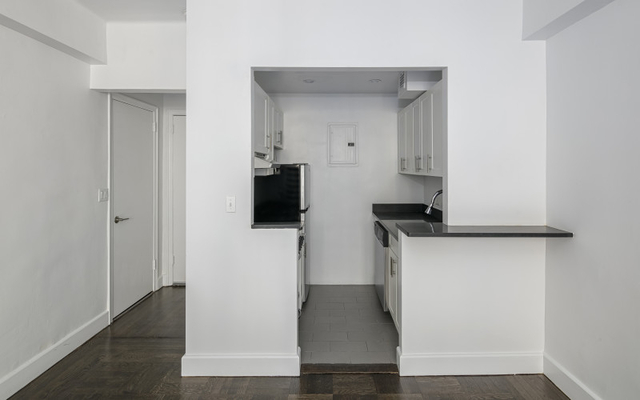 Studio, Greenwich Village Rental in NYC for $3,395 - Photo 2