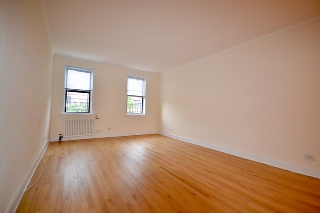 1 Bedroom, Sunnyside Rental in NYC for $2,895 - Photo 1