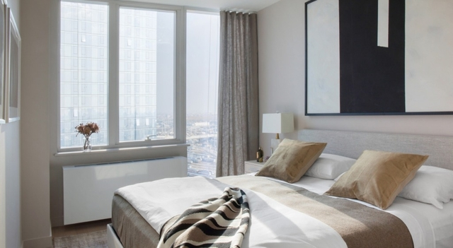 1 Bedroom, Long Island City Rental in NYC for $3,621 - Photo 2
