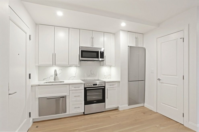 Studio, Turtle Bay Rental in NYC for $3,117 - Photo 2