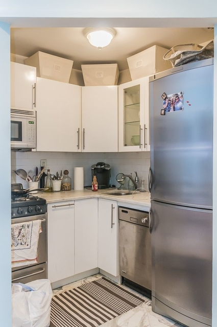 1 Bedroom, West Village Rental in NYC for $3,160 - Photo 2