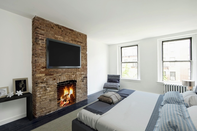 3 Bedrooms, East Village Rental in NYC for $5,800 - Photo 1