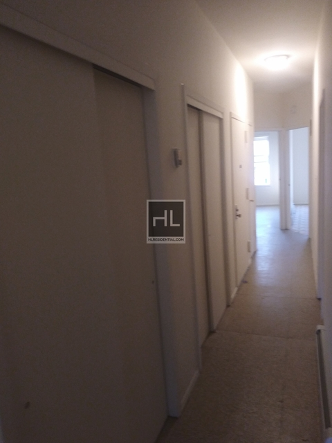 4 Bedrooms, North Corona Rental in NYC for $2,600 - Photo 1