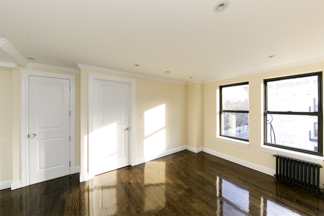 3 Bedrooms, East Village Rental in NYC for $5,757 - Photo 2