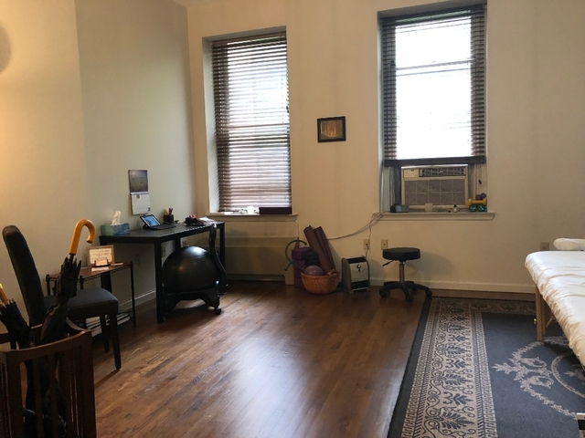 Studio, Lincoln Square Rental in NYC for $2,300 - Photo 2