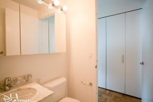 Studio, Hell's Kitchen Rental in NYC for $3,160 - Photo 2