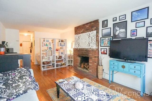 Studio, East Village Rental in NYC for $2,494 - Photo 2