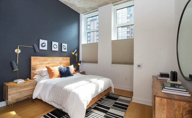 2 Bedrooms, Long Island City Rental in NYC for $4,883 - Photo 2