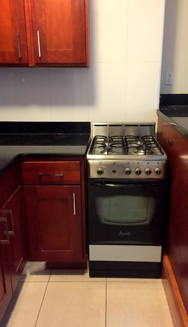 2 Bedrooms, Murray Hill Rental in NYC for $3,525 - Photo 2