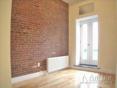 4 Bedrooms, Hell's Kitchen Rental in NYC for $6,500 - Photo 2