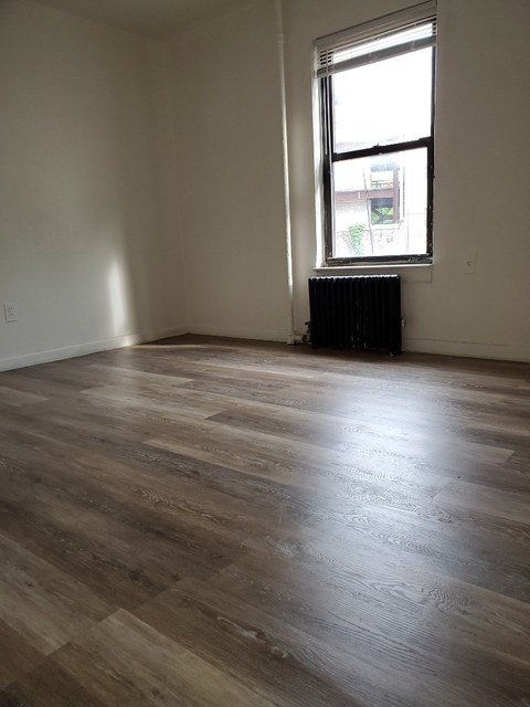2 Bedrooms, Astoria Rental in NYC for $1,850 - Photo 2