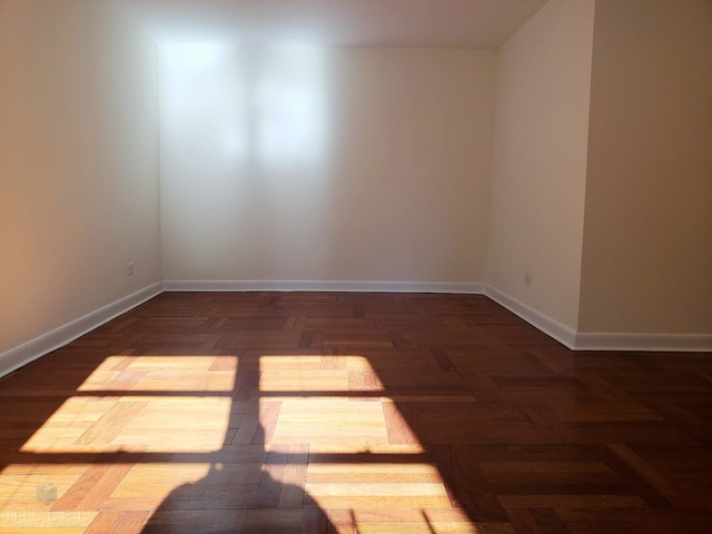 2 Bedrooms, Astoria Rental in NYC for $2,975 - Photo 2