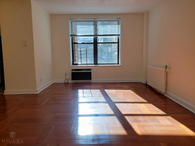 2 Bedrooms, Astoria Rental in NYC for $2,975 - Photo 1