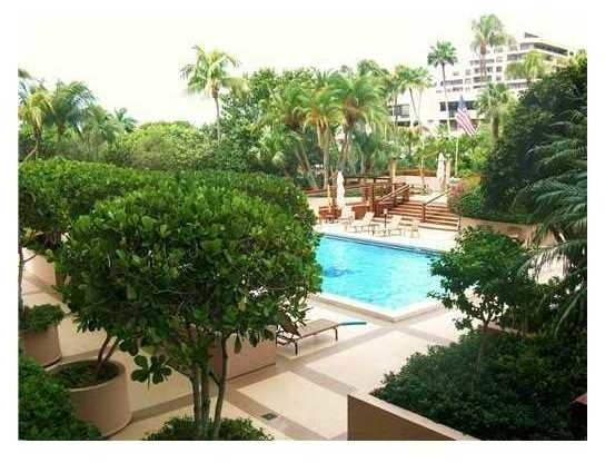 2 Bedrooms, Village of Key Biscayne Rental in Miami, FL for $4,000 - Photo 1