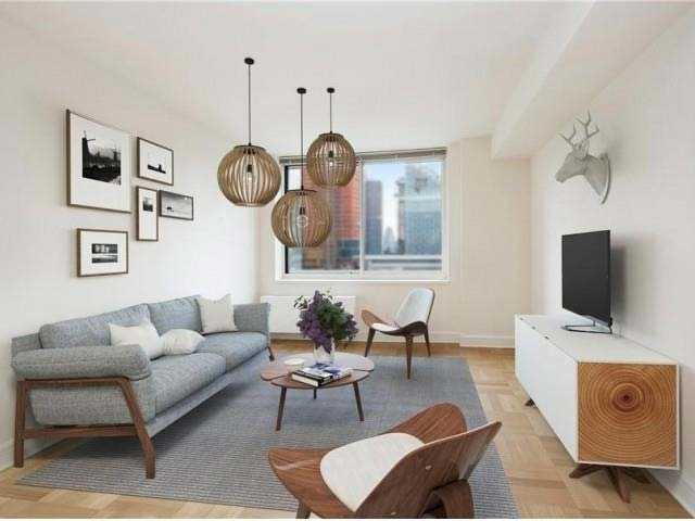 3 Bedrooms, Lincoln Square Rental in NYC for $9,370 - Photo 1
