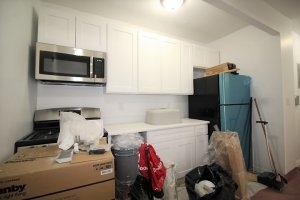 2 Bedrooms, Manhattanville Rental in NYC for $2,400 - Photo 2