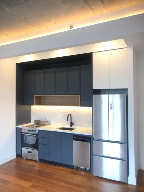 2 Bedrooms, Greenpoint Rental in NYC for $3,400 - Photo 2