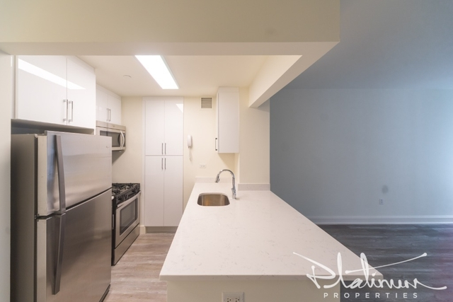 Studio, Financial District Rental in NYC for $3,598 - Photo 2