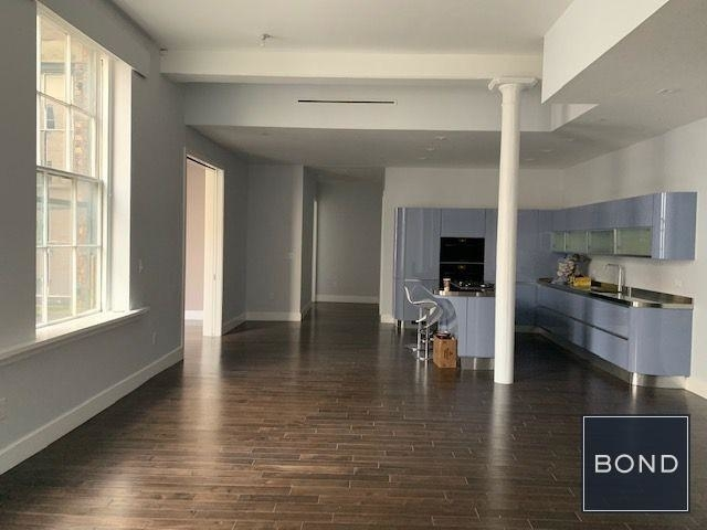 2 Bedrooms, SoHo Rental in NYC for $12,000 - Photo 2