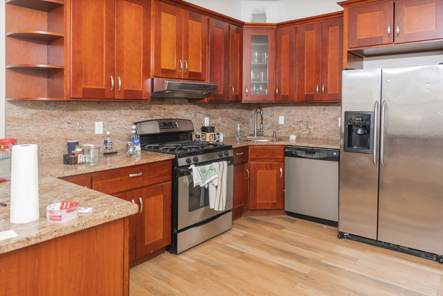 3 Bedrooms, Prospect Heights Rental in NYC for $3,995 - Photo 2