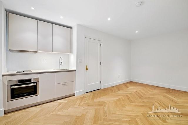 Studio, Chelsea Rental in NYC for $2,996 - Photo 2