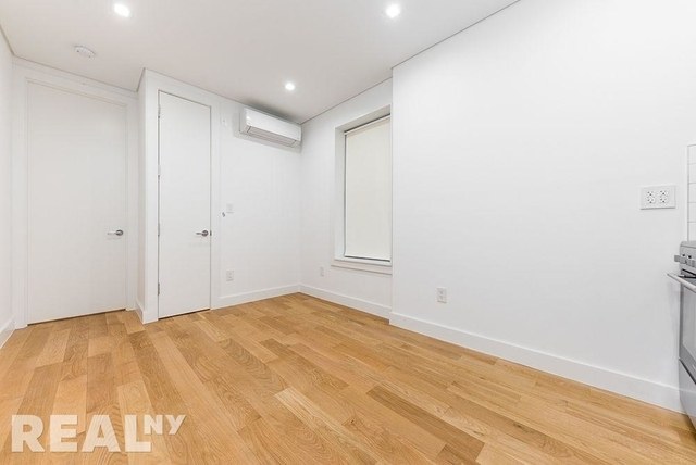 1 Bedroom, SoHo Rental in NYC for $3,566 - Photo 2