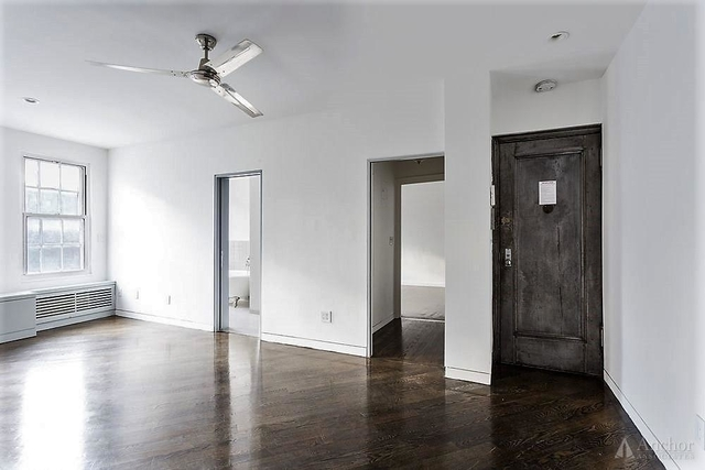 3 Bedrooms, West Village Rental in NYC for $6,200 - Photo 2