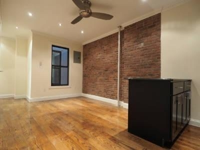 3 Bedrooms, Hell's Kitchen Rental in NYC for $4,854 - Photo 2