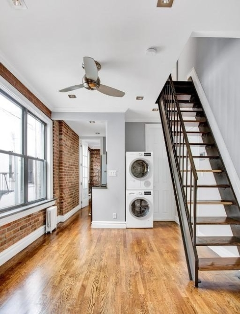 3 Bedrooms, East Village Rental in NYC for $5,496 - Photo 1
