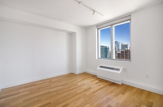 1 Bedroom, Hell's Kitchen Rental in NYC for $6,400 - Photo 2