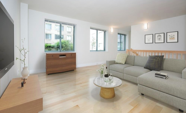 1 Bedroom, West Village Rental in NYC for $6,675 - Photo 2