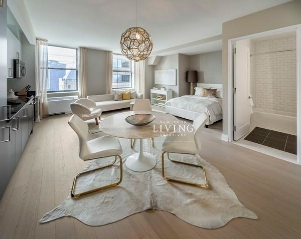 Studio, Financial District Rental in NYC for $3,625 - Photo 2