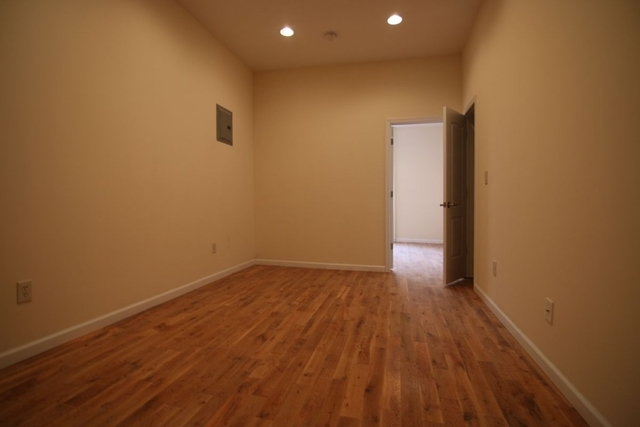 2 Bedrooms, Glendale Rental in NYC for $1,999 - Photo 2