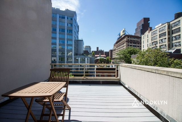 2 Bedrooms, Downtown Brooklyn Rental in NYC for $3,529 - Photo 2
