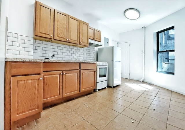 3 Bedrooms, Bowery Rental in NYC for $3,648 - Photo 2