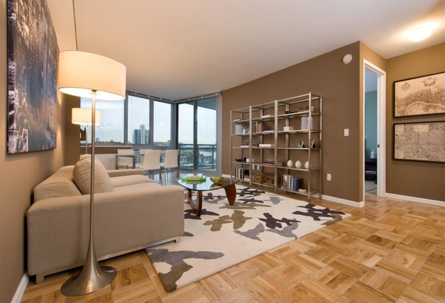 2 Bedrooms, Hell's Kitchen Rental in NYC for $5,628 - Photo 1