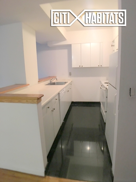 2 Bedrooms, Rose Hill Rental in NYC for $4,923 - Photo 2
