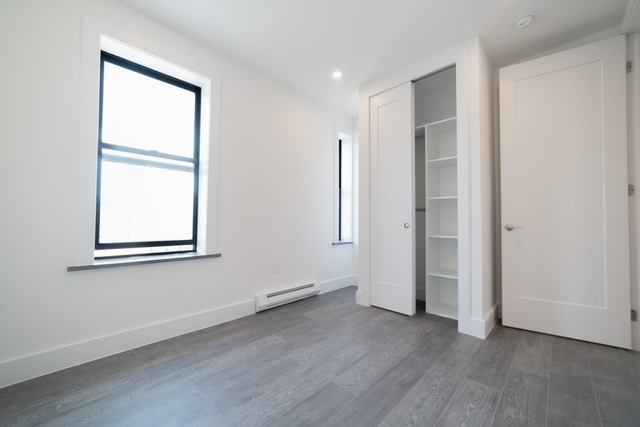 3 Bedrooms, Kew Gardens Rental in NYC for $3,300 - Photo 2