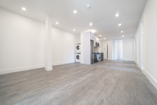 3 Bedrooms, Kew Gardens Rental in NYC for $3,300 - Photo 1
