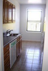 2 Bedrooms, Inwood Rental in NYC for $2,395 - Photo 2