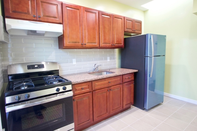 2 Bedrooms, Sunset Park Rental in NYC for $2,295 - Photo 2