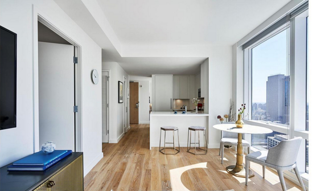 2 Bedrooms, Financial District Rental in NYC for $6,215 - Photo 2