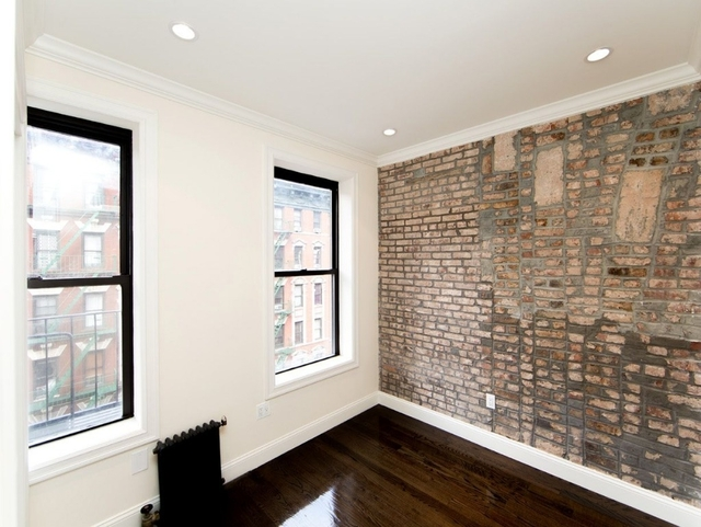 2 Bedrooms, Upper East Side Rental in NYC for $3,254 - Photo 2