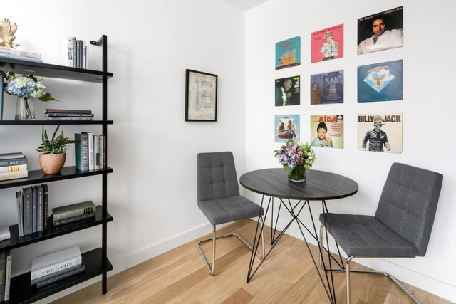 Studio, Garment District Rental in NYC for $3,126 - Photo 2