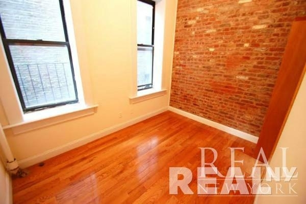 2 Bedrooms, Lower East Side Rental in NYC for $2,888 - Photo 2