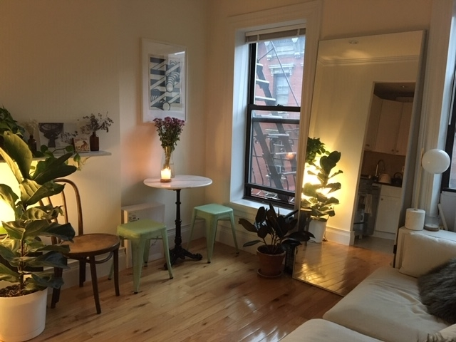 2 Bedrooms, West Village Rental in NYC for $3,505 - Photo 1