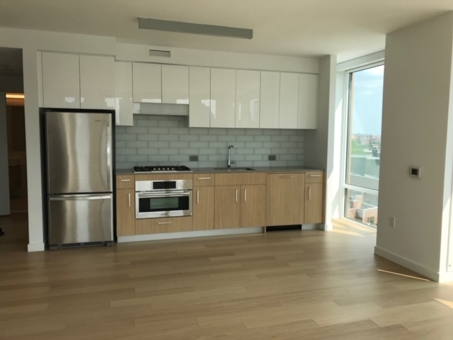 1 Bedroom, Astoria Rental in NYC for $2,500 - Photo 2