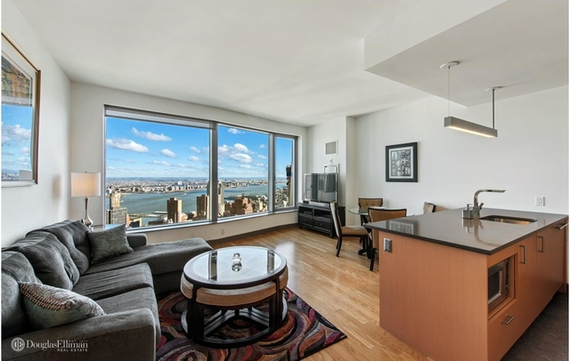 2 Bedrooms, Financial District Rental in NYC for $8,115 - Photo 2